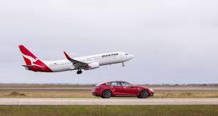 tesla model s p90d with ludicrous mode v qantas boeing 737 drag
