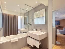 Bathtub 3 Persons Hotel Arc Hotel In Mercure Arc De Triomphe Etoile Hotel