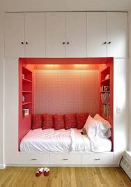 Small Bedroom Storage by Inspiring Bright Color Schemes Of Decorating Small Bedroom With