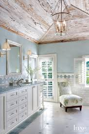 35 wainscot walls coastal bathrooms interiors and beach