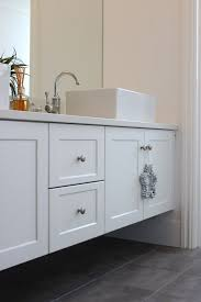 Shaker Bathroom Vanity Cabinets by Best 25 Wall Hung Vanity Ideas On Pinterest Small Vanity Unit