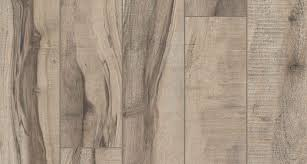Distressed Flooring Laminate Choosing Rustic Laminate Flooring A Seven Step Guide To Style