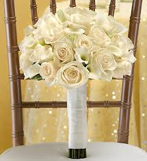 Wedding Flowers Roses The Best Summer Wedding Flowers In Season Right Now Petal Talk