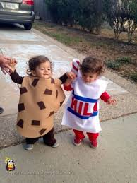 Infant Twin Halloween Costumes Halloween Costumes Perfect Twins Simplemost