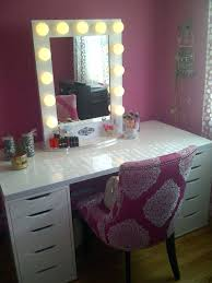 Mirrored Makeup Vanity Table Claudia Pink Makeup Vanity Table With Mirror And Bench Pink Vanity