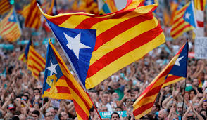 Estelada Flag Almost 500 000 People Line The Streets Of Barcelona In Catalan