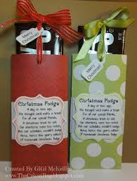 the cricut bug christmas fudge