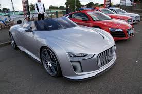 call audi audi e spyder now that s what i call a hybrid mind motor