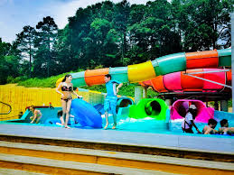 6 Flags Water Park Soak Up The Fun At Six Flags Hurricane Harbor Exclusive Photos