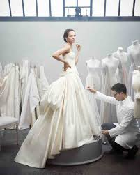 buy wedding dresses when do you buy your wedding dress savvy bridal