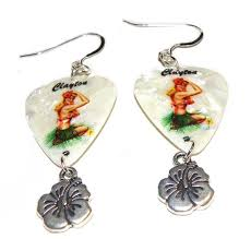 rockabilly earrings hula pinup guitar earrings2 jpg
