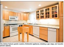 White Kitchen Cabinets With White Appliances Maple Cabinets White Appliances Google Search Maple Cabinets