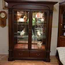 thomasville glass kitchen cabinets thomasville china hutch