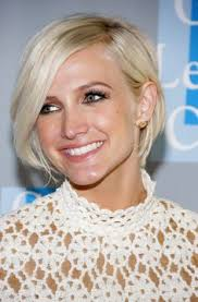 the blonde short hair woman on beverly hills housewives ashlee simpson is sixties chic at the l a gay lesbian center s