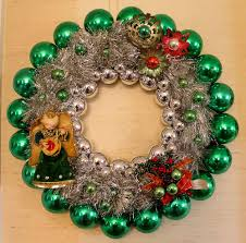 quick affordable and foolproof christmas ornament wreaths ez