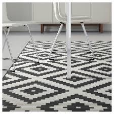 White Rugs Lappljung Ruta Rug Low Pile White Black 200x300 Cm Ikea