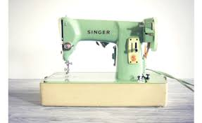 tips for buying your first sewing machine when you u0027re on a budget