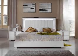 Bedroom Sets With Mirror Headboard Modrest San Marino Modern White Bedroom Set
