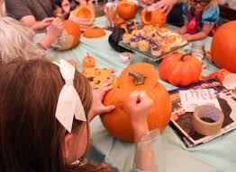how to host an awesome pumpkin carving party for kids