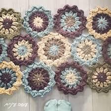 Crochet Tshirt Rug Pattern שטיח פרחים Crochet Yarns And Patterns