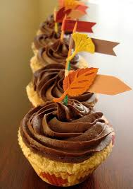 easy thanksgiving cupcake decorating ideas holidays