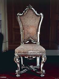 Throne Style Chair Baroque Style Chair With Upholstered High Back Carved And Gilt