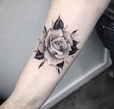 black and white on forearm handgelenk