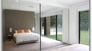 Closet Sliding Doors Mirror Sliding Closet Doors For Bedrooms Photos And Awesome