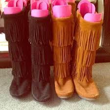 womens fringe boots size 11 44 minnetonka boots minnetonka 3 layer fringe boots black