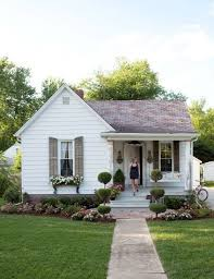 Cottage Curb Appeal - 10 quick exterior curb appeal fixes to mask the ugly unchangeables