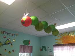 How High Should I Hang A Picture by Best 25 Classroom Ceiling Ideas On Pinterest Classroom Ceiling