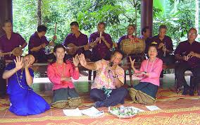 Traditional by File Traditional Laplae Folk Music 1 Jpg Wikimedia Commons