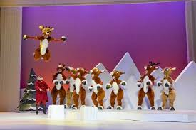 theatre review rudolph red nosed reindeer musical