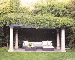 Outdoor Livingroom 3 Lovely Outdoor Spaces An Elle Decor Exclusive Preview Cococozy