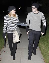 Adults Halloween Costumes Couples Halloween Costumes Happy by Hilary Duff And Mike Comrie As Burglars Mike Comrie Couple