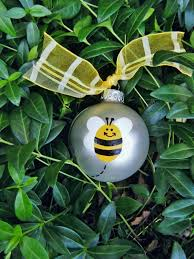 bumble bee ornament rainforest islands ferry