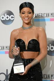 what is a doobie hairstyle what s up with rihanna s new doobie wrap look the style news