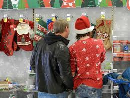 christmas stores last minute shoppers swarm michigan stores on christmas