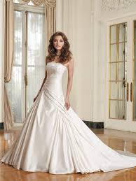 discount wedding dresses uk 43 best yesth images on wedding dressses marriage and