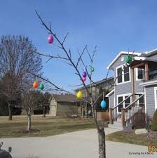 Easter Egg Lights Decorations by How To Decorate Your Trees Outside With Easter Eggs
