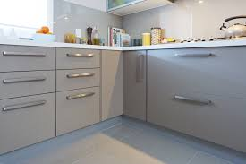 Kitchen And Bath Design St Louis by Cutlery And Pot Drawers With Bar Handles And Chocanilla Panels In