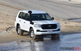 land cruiser car 2016 2016 toyota landcruiser gx review video performancedrive