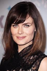 womens haircuts for strong jaw celebrities with square faces youbeauty com