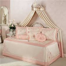 Design For Daybed Comforter Ideas Stylish Design For Daybed Comforter Ideas 10 Most Charming Daybed