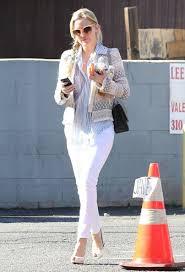 kate hudson leaving lee u0027s nails in west hollywood zimbio