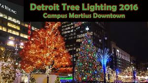 big crowd on detroit tree lighting 2016 at cus martius park