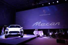 light purple porsche stage design mapping porsche macan