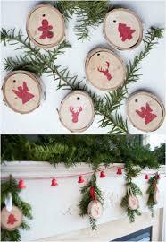 christbaumschmuck basteln naturmaterial deko kaminsims weihnachten