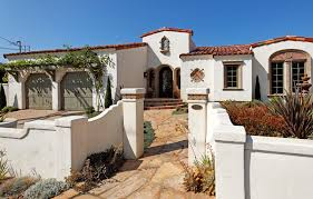 spanish style house with courtyard so replica houses