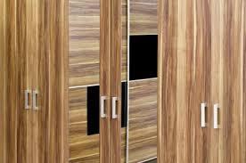 Trifold Closet Doors Bifold Closet Doors Lovetoknow